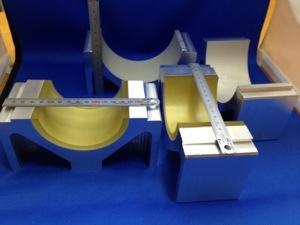 先日のアルミの金具にウレタンゴムライニングを施しました。 - ウレタンゴム加工