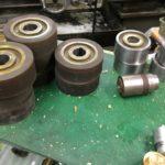 4面プレーナー加工に使用されるウレタンローラーの工程について
