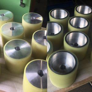 ウレタン加工の立成化学工業所ですが、花・アイス・お仕事もいっぱいです。 - ウレタンゴム加工